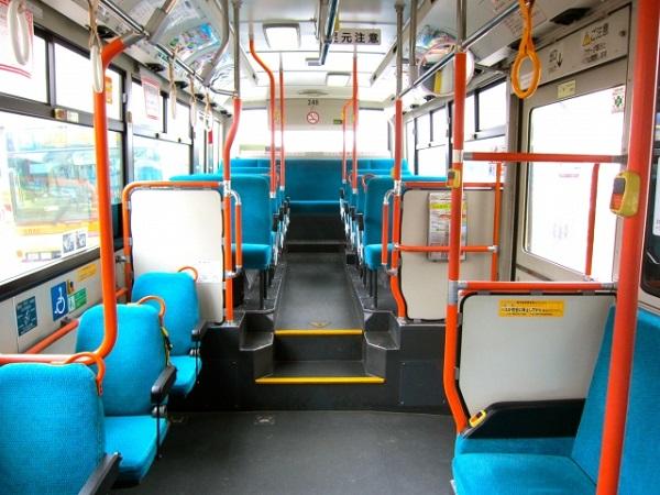 バス 寒い